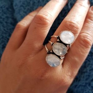 Jewelry - 9.80ct Genuine Rainbow Moonstone 925 silver ring
